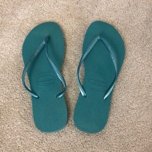 Havaianas turquoise flip flops